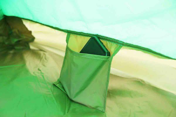 ムーンライトテント2型_寝室_頭側にポケット2つ