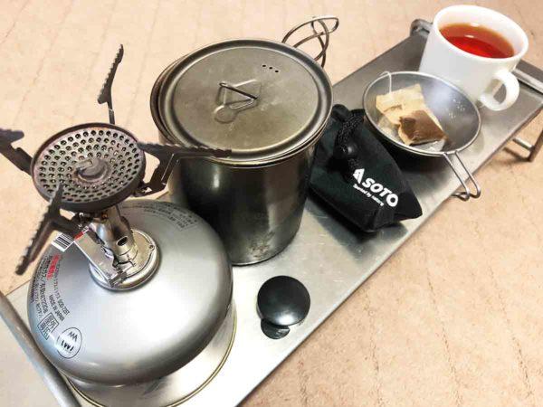 ガス缶アダプター_テストで沸かしたお湯でティータイム